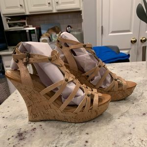 Guess Strappy Cork Wedge Sandals sz 9